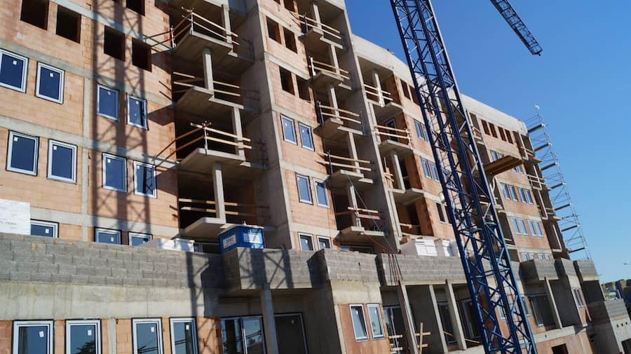 stavebné práce na hrubej stavbe Panónka